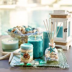 Home Fragrances: Candles, Oil Diffusers, Room Sprays candles & reed diffuser Beach Theme Bathroom, Beach Room, Beach Bathrooms, Teal Bathroom Decor, Beach Cottage Style, Beach House Decor, Home Decor, Deco Surf, Decoration Originale