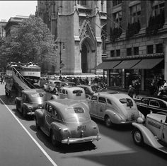 1940 Fifth Avenue an 50th St. Wurts Bros. MCNY (The Museum of the City of New York)