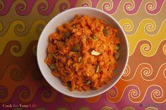 Esta dulce receta de halva de zanahorias es uno de los postres favoritos de nuestras clases, simplemente lleva el comer los vegetales a otro nivel.