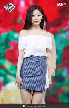 [PICS] 180503 #Lovelyz #YEIN - Mnet MCountdown Stage Outfits, Kpop Outfits, Fashion Outfits, Womens Fashion, Kpop Girl Groups, Korean Girl Groups, Kpop Girls, Cute Korean Girl, South Korean Girls