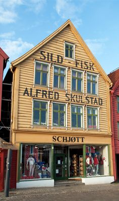 Bryggen, the old heart of the coastal city of Bergen in Norway – originally Hanseatic warehouses the colourful buildings are now home to galleries, restaurants and shops