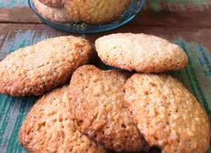 Biscoito de coco sem glúten e sem lactose