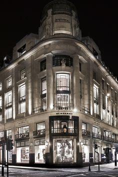 Burberry 121 Regent Street, London, the new Burberry World Live Flagship