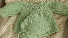 3 - 6 months Apple green sweater girl with Cap fine motif lace - leaf Cap Girl, Green Girl, Girls Sweaters, Green Sweater, Baby Knitting, Baby Items, Pullover, Apple, Children