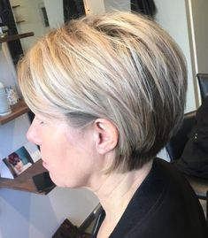 80 Best Modern Hairstyles and Haircuts for Women Over 50 - - 80 Best Hairstyles for Women Over 50 That Take Off 10 Years Short Stacked Bob Haircuts, Short Stacked Bobs, Stacked Bob Hairstyles, Bob Hairstyles With Bangs, Modern Hairstyles, Straight Hairstyles, Cool Hairstyles, Hairstyles Haircuts, Angled Bobs