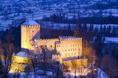 East Tyrol and the Old Town of Lienz Easy Day, Pinterest Photos, Old Town, Wonderful Places, Day Trips, Places Ive Been, Attraction, Tyrol Austria, Old Things