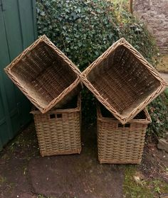 Basket for burning peat