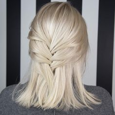 cool 50 Picture Perfect Platinum Blonde Hair Looks - The Alluring Light Hues Check more at http://newaylook.com/best-platinum-blonde-hair-ideas/