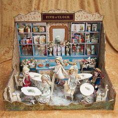 антикварная миниатюра, антикварная кукла, антикварная игрушка, миниатюрный домик