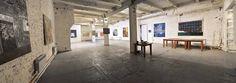 Общая территория выставочного пространства составляет около 170м2. Для удобства посетителей выставочный зал оснащен несколькими сидячими местами в виде кресел и мягких диванов.  #makaronka #art_centre #events #rostov