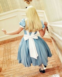 alice in wonderland Disney Face Characters, Disney Films, Disney And Dreamworks, Disney Parks, Walt Disney, Disney Dream, Disney Love, Disney Magic, Alice Cosplay