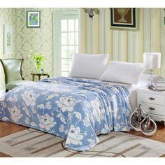 Ben&Jonah Designer Plush Full MadisonMicro Fleece Jacquard Blanket -Blue