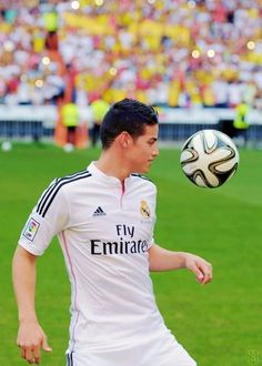 JAMES Real Madrid 2014 2015-http://www.fifafootballshirts.co.uk/