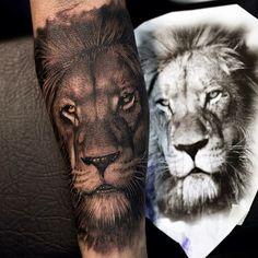 Amazing artist Mumia @mumia916 lion tattoo! @sullentv @sullenclothing @mindblowingtattoos ...