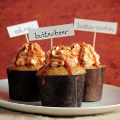 Butterbeer cupcakes. Yummy!
