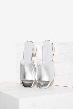 Jeffrey Campbell Farrow Metallic Heel | Shop Shoes at Nasty Gal!