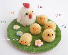 Handmade cute Needle felting project wool animal hen chicken(Via @cocoa_room)