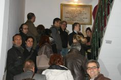 Casa Garibaldi, İstanbul Rehberler Odası üyesi Profesyonel Turist Rehberleri için kapıları her zaman açık bir eğitim merkezi oldu. 2012-2013 kışında çeşitli dillerden 280 turist rehberi Garibaldi'yi ziyarete geldiler ve hem bina hem de dönemi hakkında ayrıntılı bilgi aldılar. Bunun dışında, bu eğitimlere katılan rehberler önceden randevulaşmak şartıyla, turist gruplarını da binamızda ağırlayabildi ve bilgilendirdi.