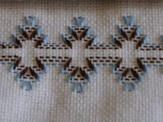 vagonite - did a lot when I was a child Swedish Embroidery, Hardanger Embroidery, Beaded Embroidery, Cross Stitch Embroidery, Hand Embroidery Design Patterns, Embroidery Stitches Tutorial, Cross Stitch Designs, Cross Stitch Patterns, Swedish Weaving Patterns
