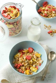 Quick gluten free (oat free!) granola.  Uses brown rice cakes!  Great idea as a replacement.