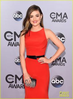 Lucy Hale Cuts Her Hair Right Before CMA Awards 2014