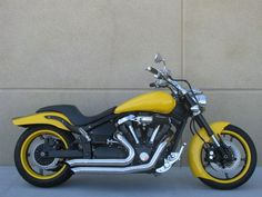 YamahaXV1700PC - Road Star Warrior - Yellow