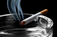 Más cáncer de pulmón en mujeres fumadoras.| Y yo que pensaba que las mujeres eran más inteligentes que los hombres y no les imitarían en lo de fumar...