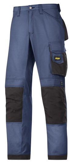 When it's hot outside you need a pair of work #trousers that keep you cool and offer all the functionality you need. These #rip-stop trousers are made of super-light fabric to keep you cool and have al large range of pockets. They are designed for our KneeGuard™ positioning system for superior knee protection. - Snickers Workwear Artnr. 3313
