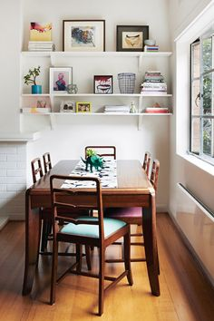 dining room  http://thedesignfiles.net/2013/10/melbourne-home-jacqui-vidal-and-casey-mccutcheon/