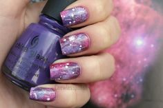 galaxy nails red