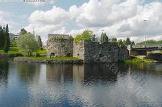 Kajaanin linna on 1600-luvulla harmaakivestä rakennettu, raunioitunut linnoitus Ämmä- ja Koivukoskien välissä olevalla saarella Kajaaninjoessa Kajaanin kaupungin keskustassa. Linnan rakennustyöt aloitti Kaarle IX 1604.