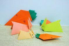 Rabbit and Carrot うさぎとニンジン rabbit carrot origami paper 折り紙 おりがみ