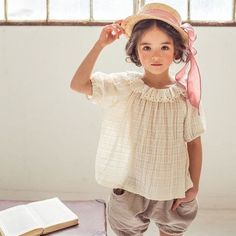 Micca April Linen Blouse by rosebud2 Fashion Kids, Little Girl Fashion, Toddler Fashion, Inspiration Mode, Little Girl Outfits, Linen Blouse, Stylish Kids, Kid Styles, Kids Wear