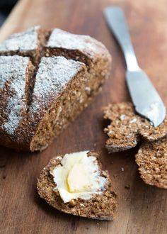Wholegrain Soda Bread - David Lebovitz Whole Wheat Soda Bread recip Quick Bread, How To Make Bread, Bread Jam, Bread Rolls, Best Toasts, David Lebovitz, One Pan Meals, Pastry Shop, Daily Bread