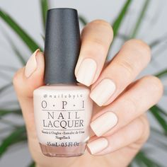 OPI Feeling Frisco. Swatches of the whole OPI California Dreaming collection on www.nailsbyic.com