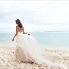 OCEAN COLLECTION 2018 daalarna couture SOON @sioedam_couture  #frankfurtammain #sioedam_couture #ocean #soft  #romanticgown #beachweddings