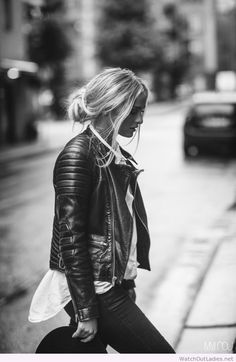 Awesome black and white look, I love her hairstyle