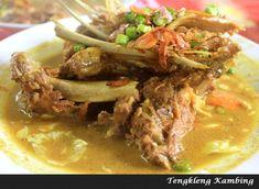 Resep Tengkleng Kambing Khas Solo Food N, Food And Drink, Soup Recipes, Cooking Recipes, Indonesian Food, Asian Recipes, Lamb, Herbalism, Menu