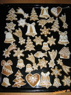 Gingerbread Cookies, Desserts, Cards, Gingerbread Cupcakes, Tailgate Desserts, Dessert, Postres, Maps, Deserts