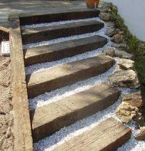 Sleeper & gravel steps