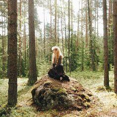 I know where the place of magic power is . #vscocam #vsco #landscape #forest #wood #summer #June #fairytale #liveadventure #liveautentic #livefolk #folk #adventure #nature #wild #morigirl
