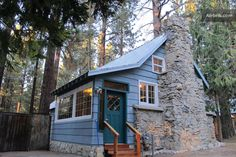 Okay so it is small......size does not matter.....look where it is located.....Lake Tahoe Cabin.  Just take me there!  Bam!