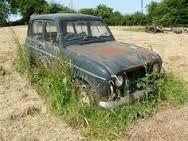 「renault r4 rusty」
