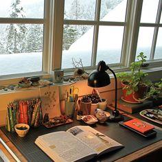 Desk inspiration (naturegrl64's photo on Instagram)