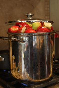 Canning Applesauce...looks like a process, but want to try!