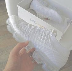 sneakers and stuff promo codes Cute Sneakers, Sneakers Nike, Sneakers Fashion, Fashion Shoes, Fashion Outfits, Nike Air Shoes, Nike Socks, Aesthetic Shoes, Hype Shoes