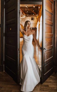 SIMPLE STRAPLESS MERMAID WEDDING DRESS WITH POINTED SWEETHEART NECKLINE Bridal Lace, Bridal Gowns, Wedding Gowns, White Bridal, Essense Of Australia Wedding Dresses, Gown Gallery, Fit And Flare Wedding Dress, Bridal And Formal, Mod Wedding