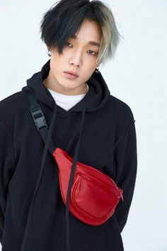 Ikon Bobby – He looks gorgeous with this hair style - Modern Yg Entertainment, Wattpad, K Pop, Jimin, Rapper, Oppa Gangnam Style, Ikon Member, Kim Jinhwan, Ikon Kpop