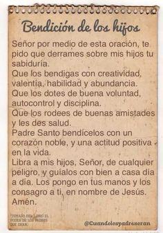 Oracion y reflrxion Posted on PRAYER fb page Aug. God Prayer, Prayer Quotes, Prayer Verses, Spanish Prayers, Gods Love Quotes, True Quotes, Catholic Prayers, Morning Prayers, Prayer Board