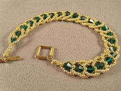 Emerald City Flat Spiral Bracelet Free Beading Pattern: Materials, Tools and Resources